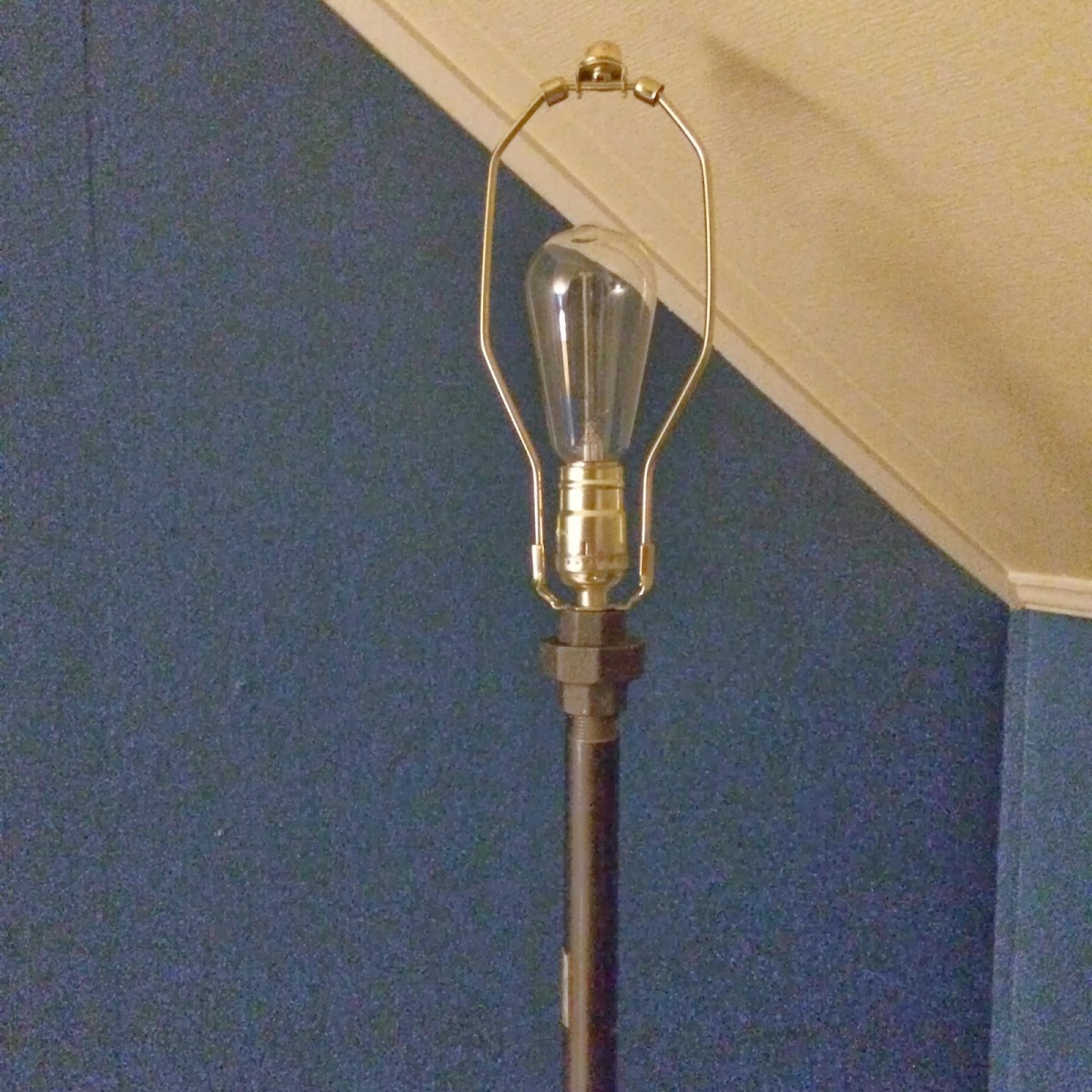 Diy Industrial Floor Lamp Invisibly Imperfect