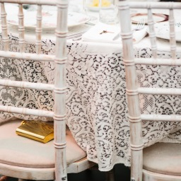 DIY Wedding – Collecting Antique Tablecloths & Napkins