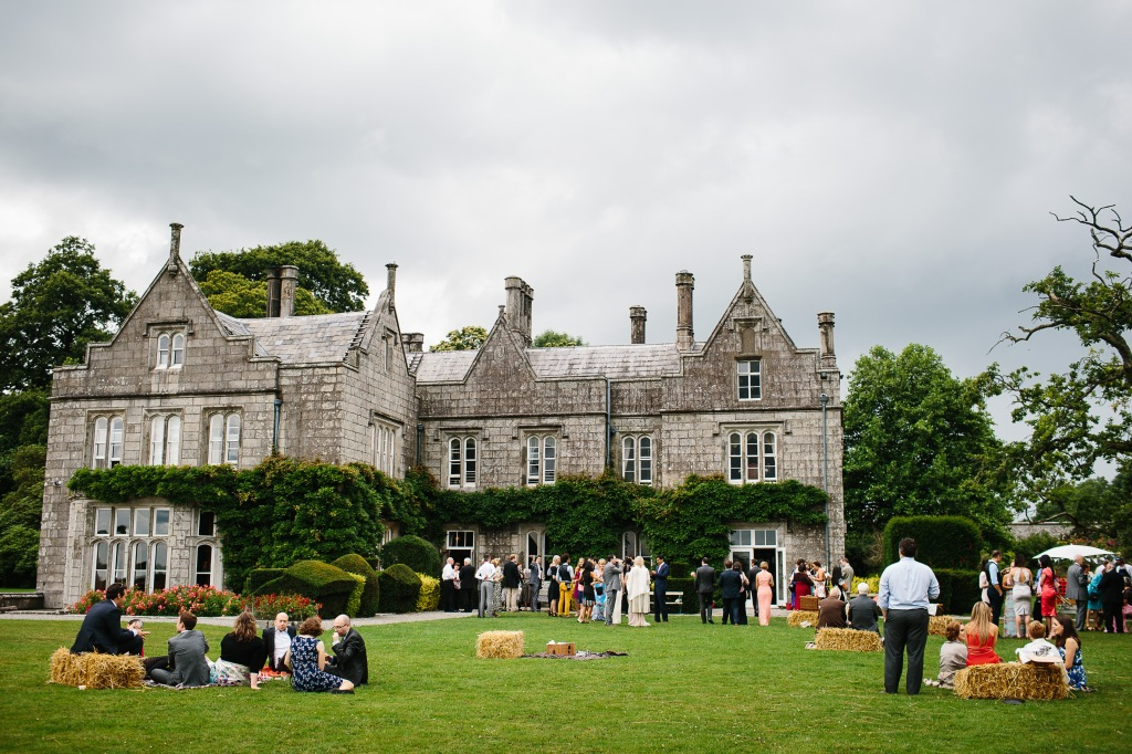Lisnavagh & Guests Enjoying a Picnic